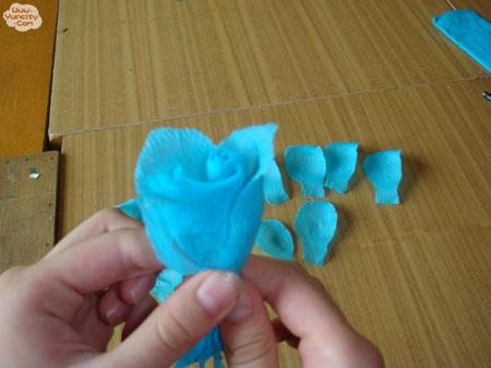 皱纹纸玫瑰花另一种作法